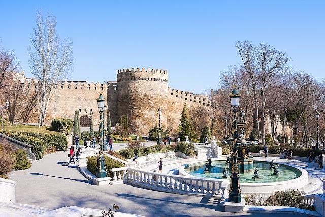 В какую страну съездить из Томска зимой? - Азербайджан