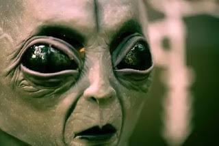 Aliens-Ki-Sachi-Kahani-Udantashtari-ki-kahani-Aliens-Ki-Kahani-Kya-aliens-hote-hai-udantashtari-sach-mein-hoti-hai-kya-aliens hai-kya-aliens-sach-mein-hote-hai
