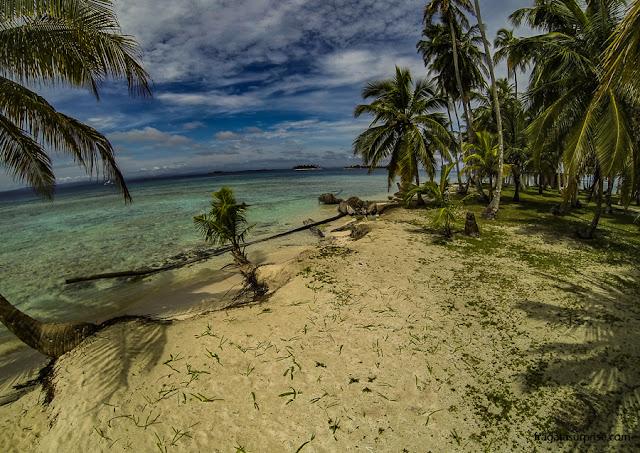 Praia no Arquipélago de San Blás, Panamá
