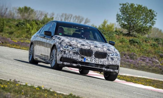 2017 BMW 7 Series Spy Shots