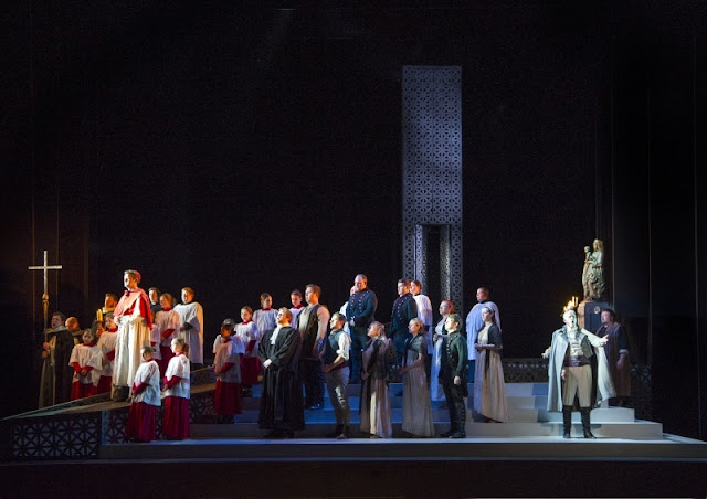 Puccini: Tosca - English Touring Opera (photo Richard Hubert Smith)