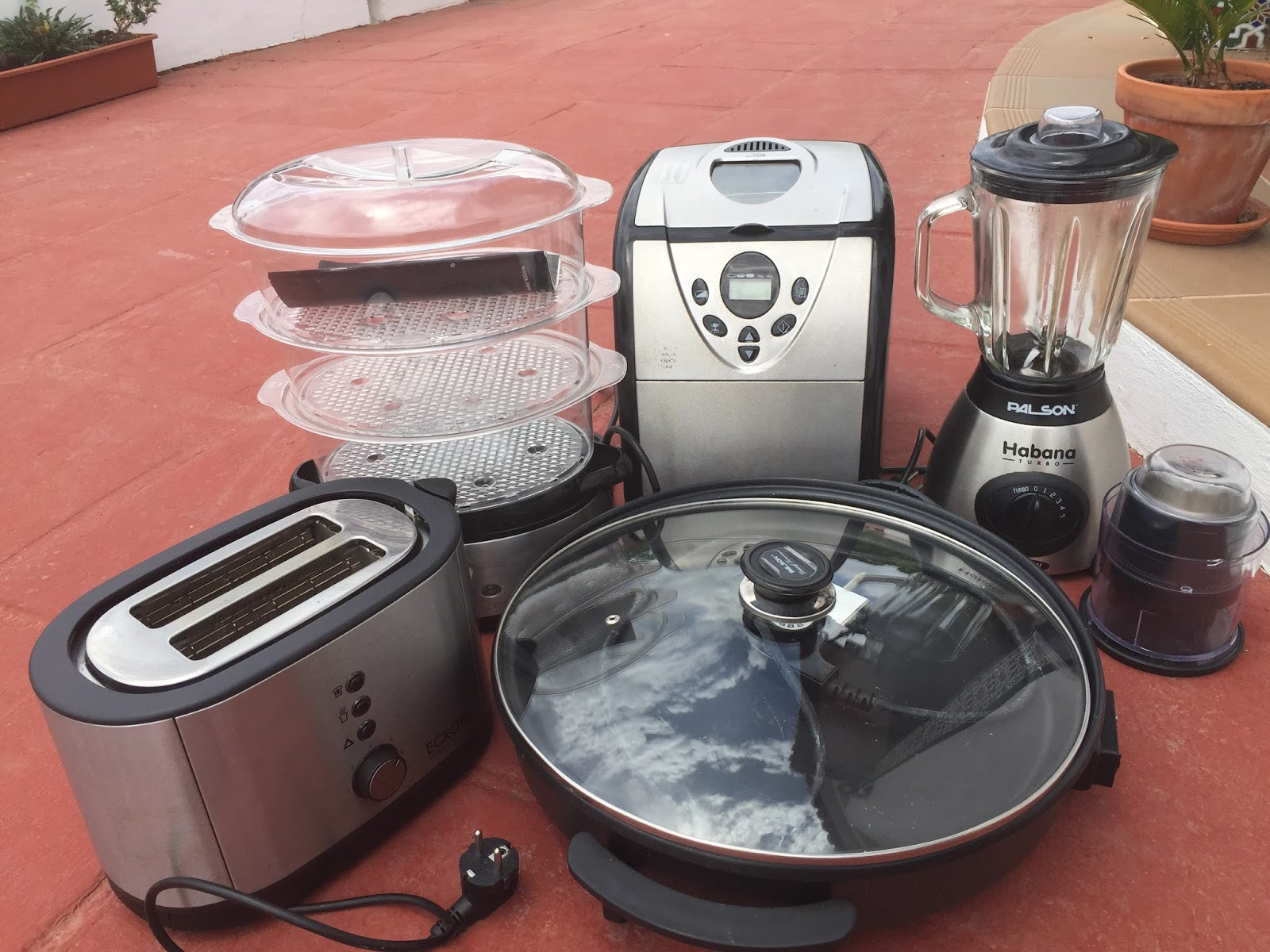 kitchen stuff for sale replacement sprayer digame various electric items