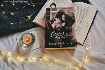 Ogień, który ich spala - Brittainy C. Cherry | Recenzja