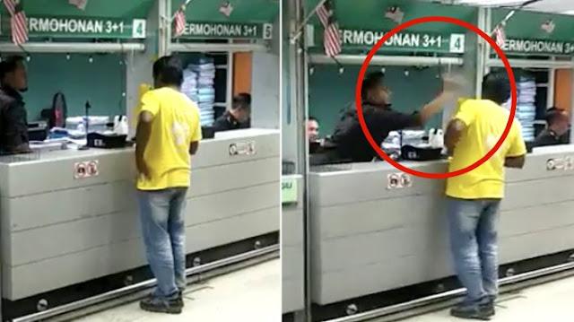 Wow!!! Viral.. Petugas Imigrasi Malaysia Memukul Kepala Warga Negara Asing