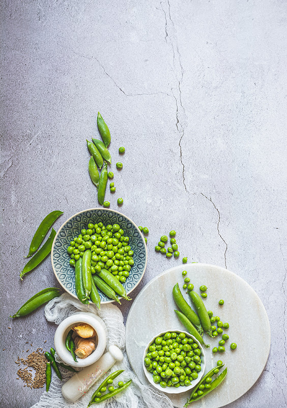 green pea still life photography