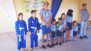Secretaria de assistência social de Picuí, entrega fardamento completo a crianças e adolescentes do SCFV