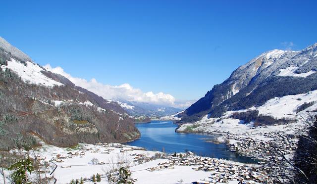 Lake Lungern Switzerland Winter