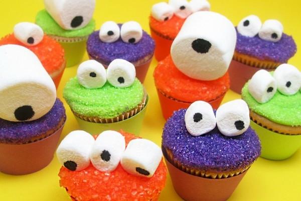 10 Fun and Easy Halloween Cupcake Designs - EDU