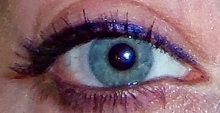 best drugstore mascara for blonde eyelashes blue green eyes metalliac eyeliner moody cobalt navy