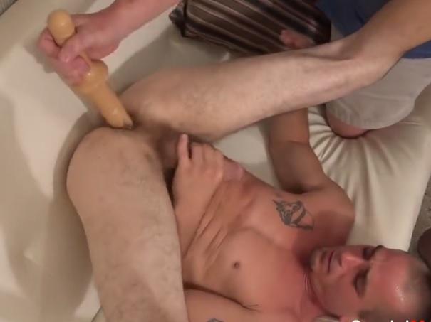 Gay Porn Talk Study Shows Straight Men Love Dildos Too-2774