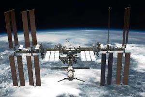 Bactérias Sobrevivem Fora da ISS.