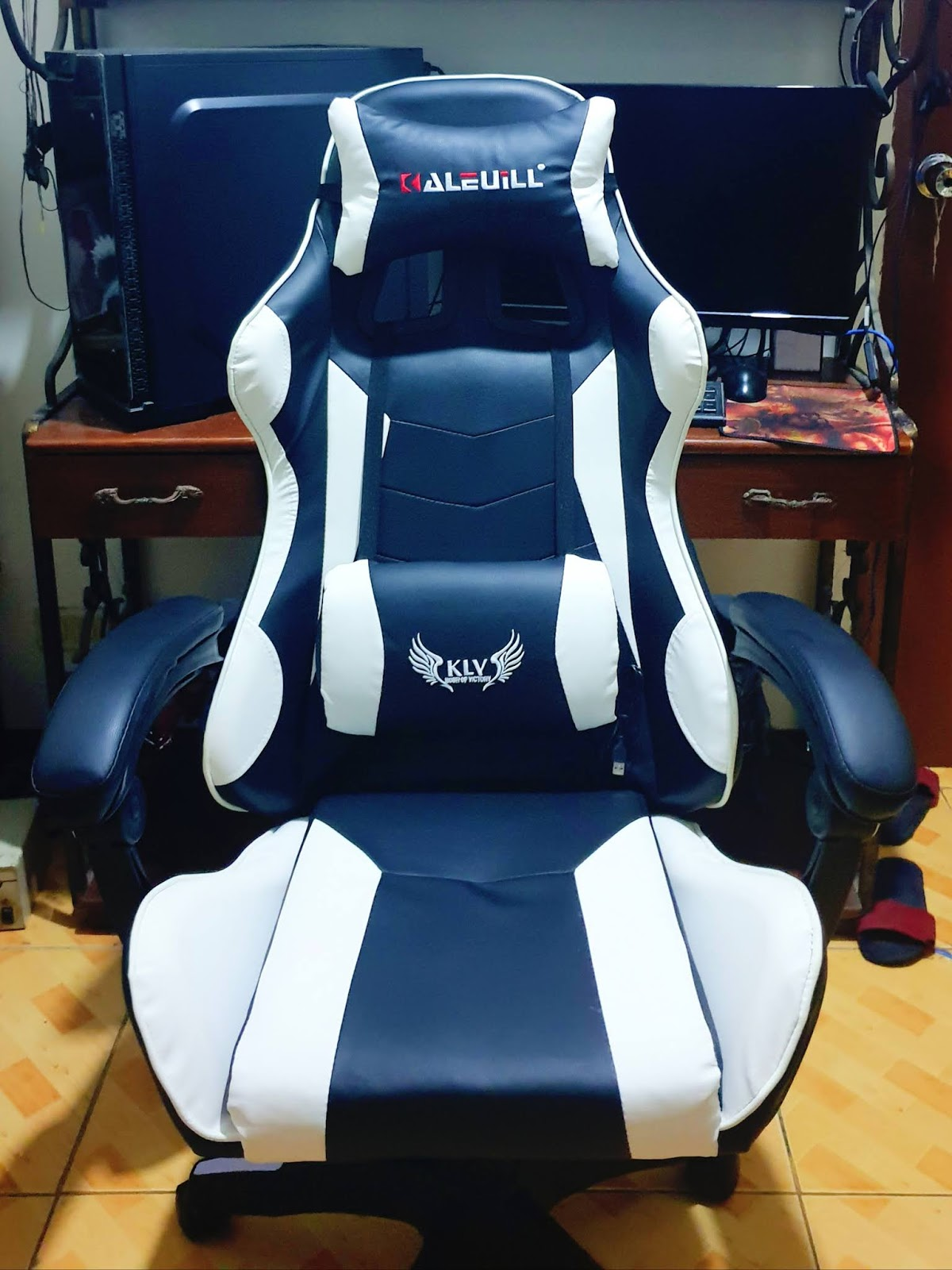 Panther Gaming Chair Review Yay Or Nay Hexmojo
