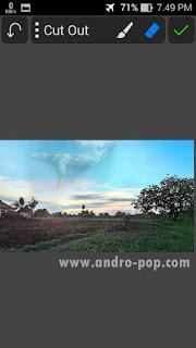 Cara Edit Foto Ikan Paus Melayang di Langit