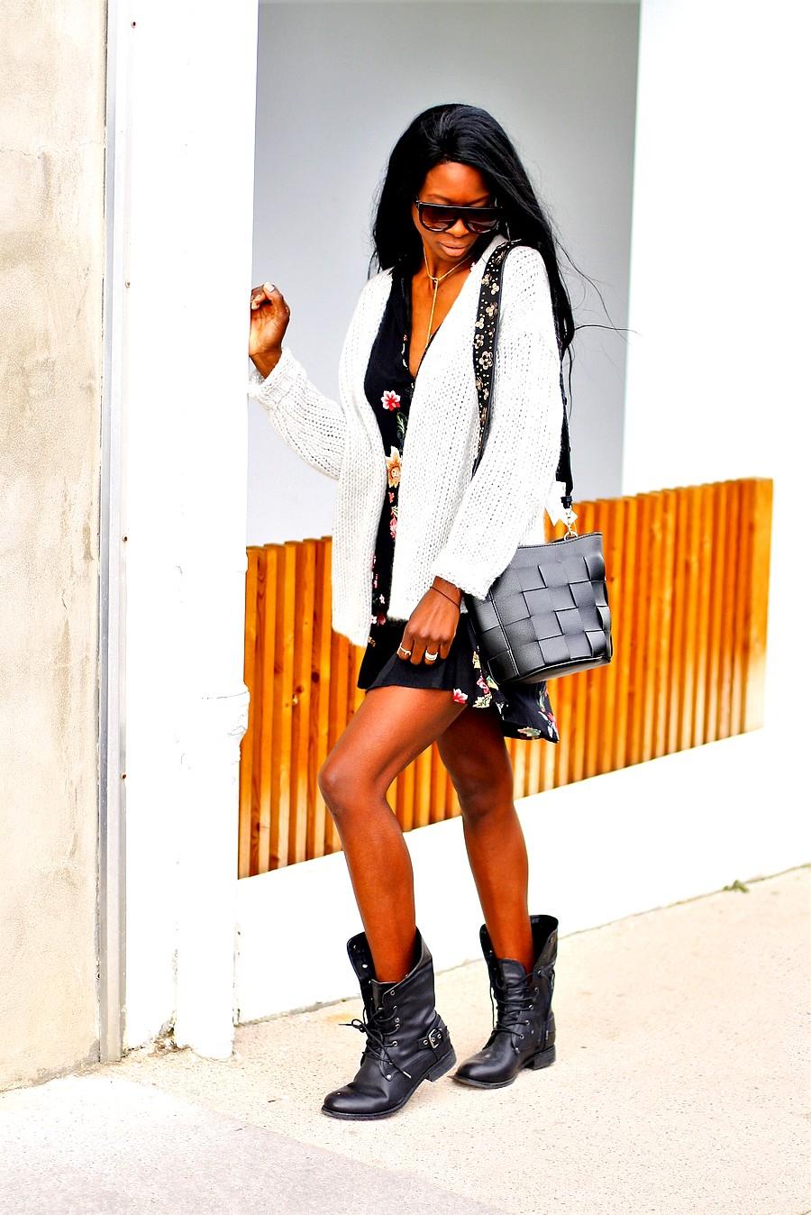 idee-look-tendance-boots-robe-fleurs-gilet-oversize