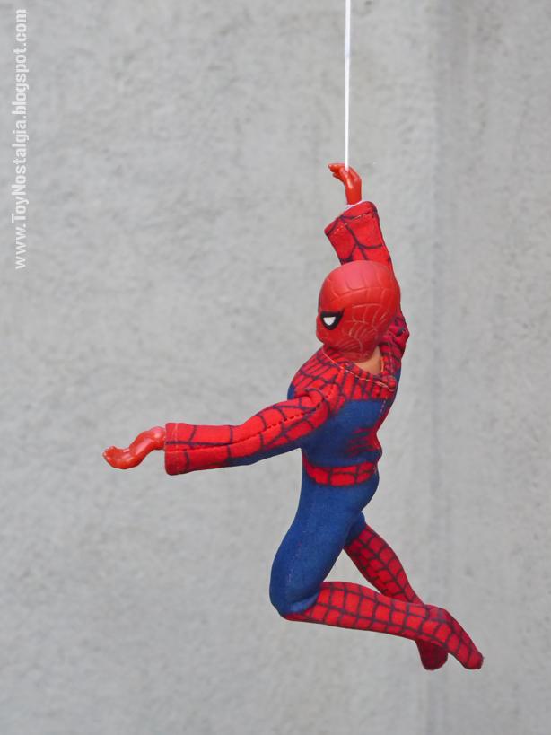 Mego Spider-Man 8 inches balancéandose   (MEGO - World's Greatest Super Heroes!)