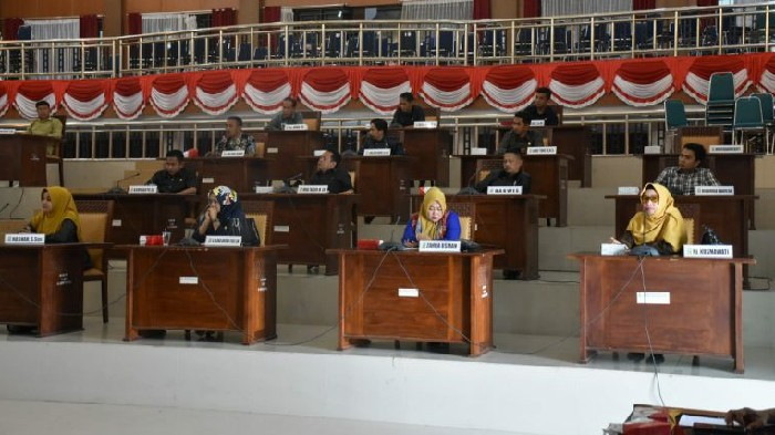 Rapat Paripurna DPRD Sahkan Nama-nama Anggota Kelengkapan Dewan Sinjai