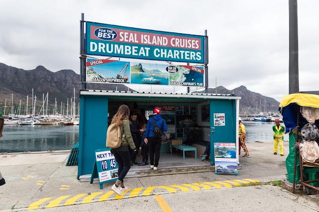 Empresa de tour en barco por Duiker Island en Hout Bay, Península del Cabo, Sudáfrica