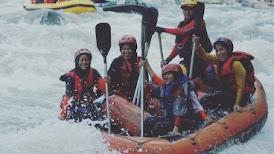 Arung Jeram Sungai Serayu Banjarnegara Jawa Tengah