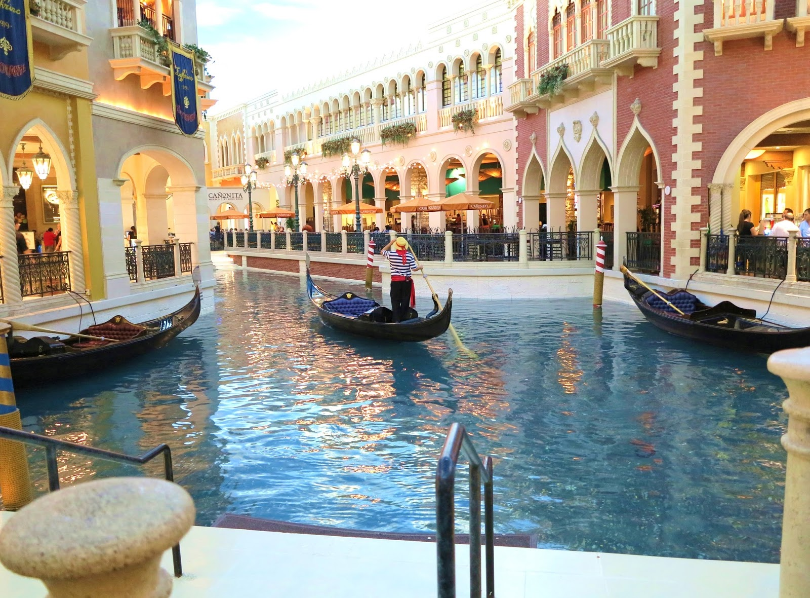 The Venetian Resort-Hotel-Casino This neighbourhood is a great choice for travellers interested in shopping, nightlife and entertainment – Check location Las Vegas Boulevard South, Las Vegas Strip, Las Vegas, NV , USA – This neighbourhood is a great choice for travellers interested in shopping, nightlife and entertainment – Check location Excellent location - show map9/10(K).