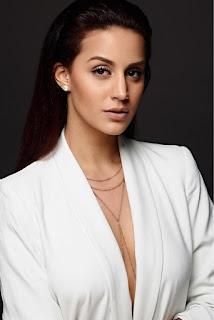 Larissa Bonesi Latest Photo Shoot Stills, Larissa Bonesi Latest Photos #Thikka #NextEnti Fame!