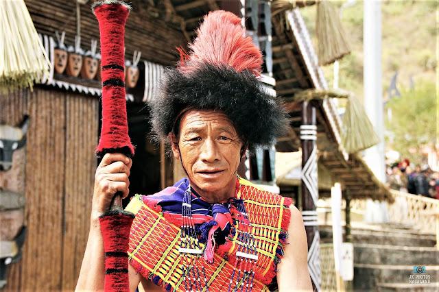 pochury-men-traditional-dress-costume