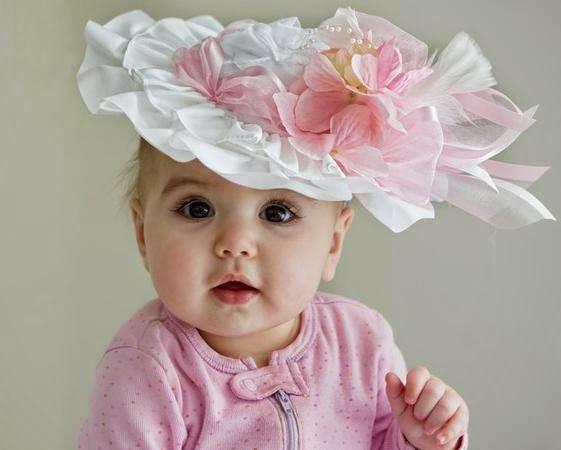 inanılmaz sevimli sevimli tatlı kız bebek fotoğraf