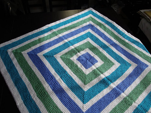 Tri-Color Squares Blanket - Free Pattern