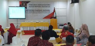 Ketua Pengda INI BATAMU Secara Resmi Membuka Konferda Serta Mengadakan Seminar.