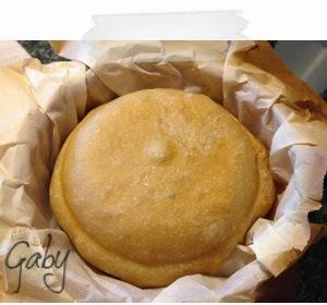 Pane con lievito madre in terracotta