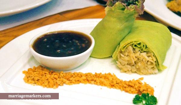 fresh lumpia - Kuya J Restaurant Bacolod - Bacolod blogger - family meals - SM City Bacolod - Pinoy favorites- Pinoy dishes - Pinoy comfort foods - Bacolod restaurant - lumpia presko