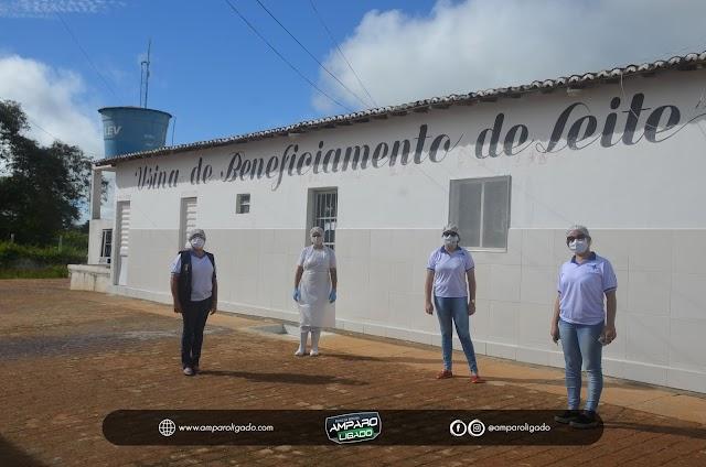 Sec. de Saúde de Amparo visita a Usina de Leite de Cabra para avaliar como está sendo o recebimento do Leite
