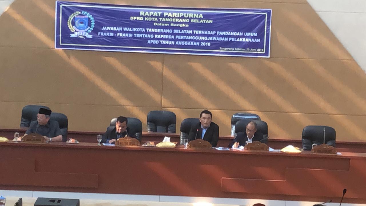 Tunggu Walikota, Sidang Paripurna DPRD Tangsel Molor 5 Jam