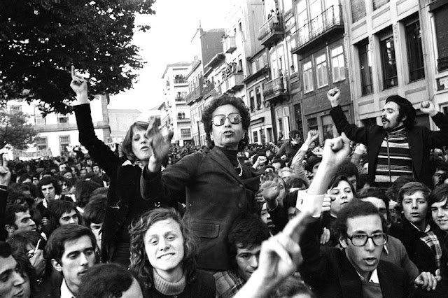 Portugal   25 de Abril: sempre!