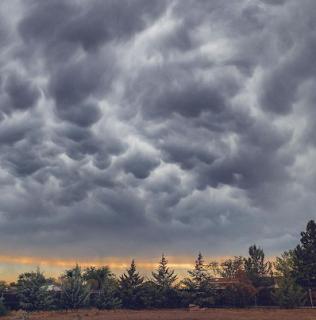 Image for ਮੌਨਸੂਨ ਲਈ ਇੰਸਟਾਗ੍ਰਾਮ ਕੈਪਸ਼ਨ  Instagram Captions for Monsoon