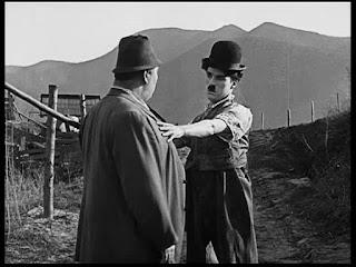 """Кадр из к/ф Чарли Чаплина """"Солнечная сторона"""" / Sunnyside (1919) - 4"""