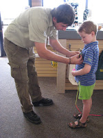 Casper wordt Junior Park Ranger in Lake Mead National Recration Area