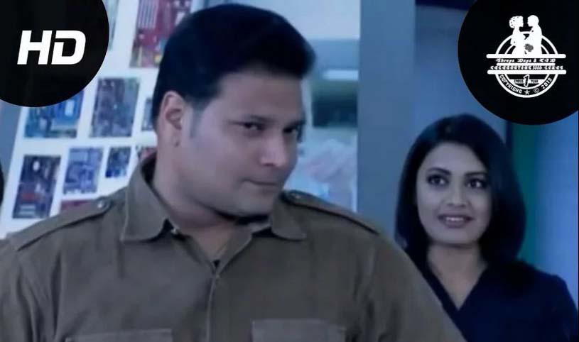 SHREYA DAYA LOVE SCENE - Shreya Daya CID