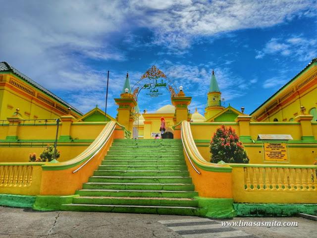 Masjid Sultan Riau Pulau Penyengat