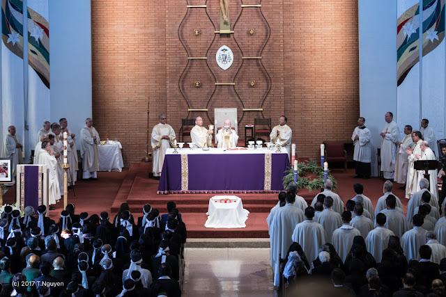 Hình ảnh thánh lễ an táng Đức Cha Dominicô Mai Thanh Lương - Ảnh minh hoạ 19