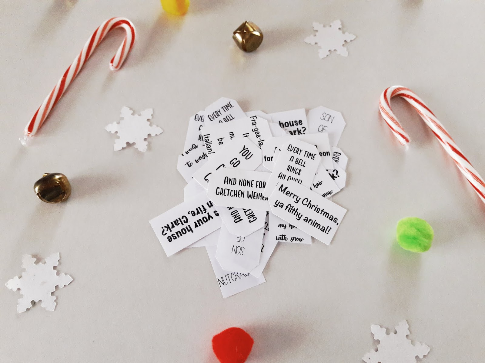 Autumn Amelia: DIY Christmas Movie Quote Gift Tags
