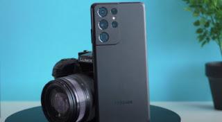 هل هاتف Samsung Galaxy S21 Ultra ينافس Panasonic GH4؟