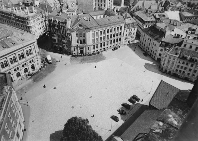 Вторая половина 1930-х годов. Рига. Площадь 15 Мая после сноса домов, начатого в 1935 году