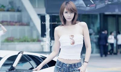 Model Korea Selatan Terseksi Kang Yoo-lee