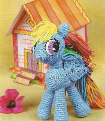Радужный пони игрушка крючком