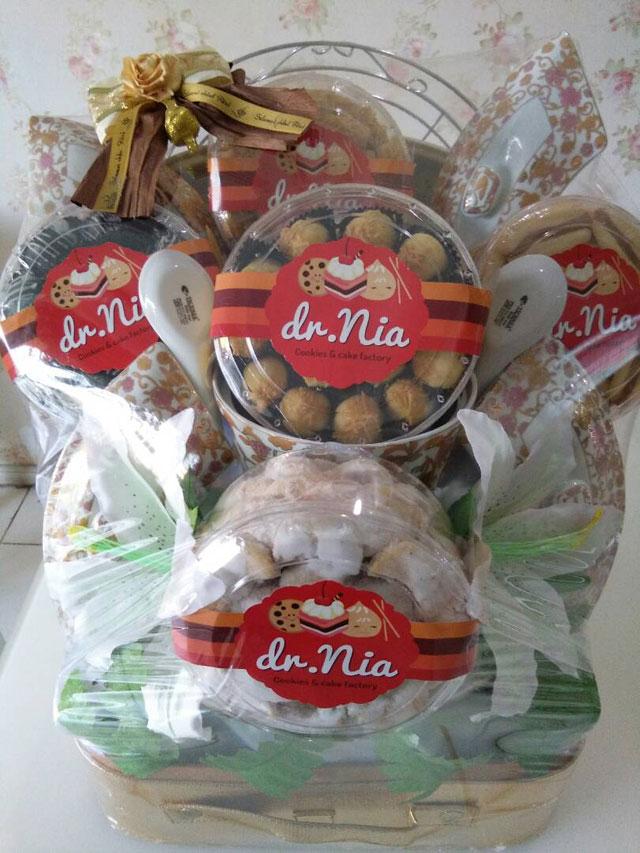Dr. Nia Cookies