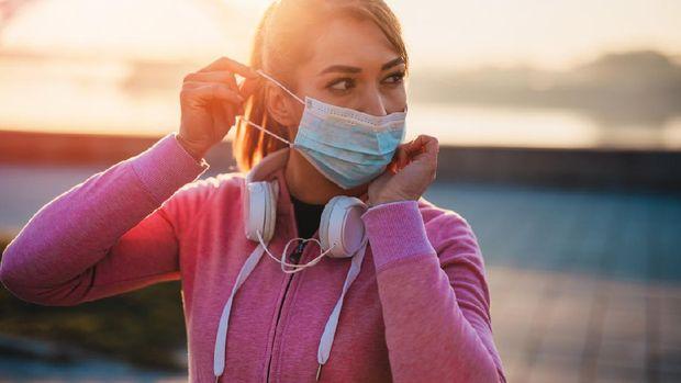 5 Cara Menghilangkan Bau Mulut Ketika Menggunakan Masker