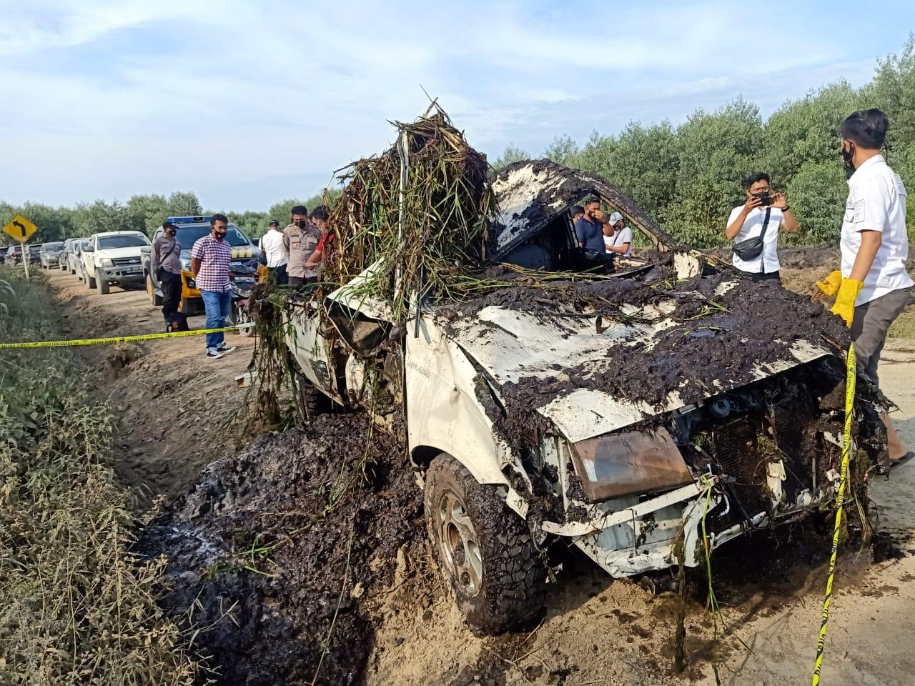 BREAKING NEWS !! Mobil dan Tulang Manusia Ditemukan dalam Kanal