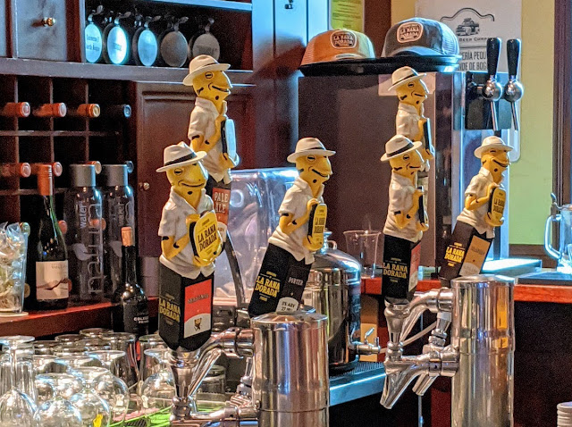Panama City Layover: La Rana Dorada craft beer taps