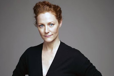 Geraldine Somerville as Lily Evans Potter