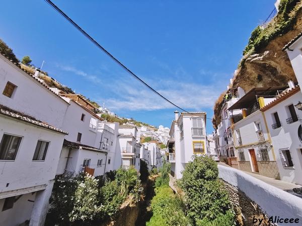 setenil-de-las-bodegas-andaluzia-de-vizitat